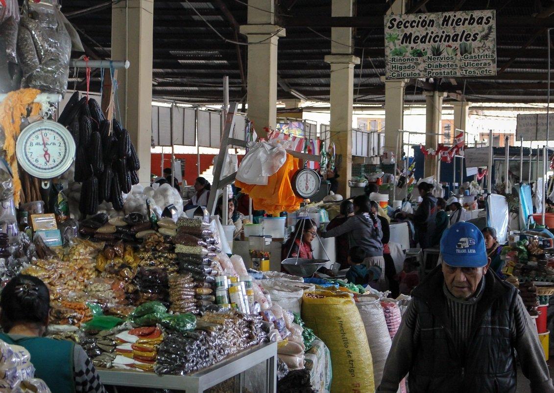 mercado san pedro cusco hierbas medicina