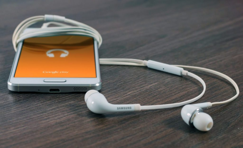 ipod music phone headphones