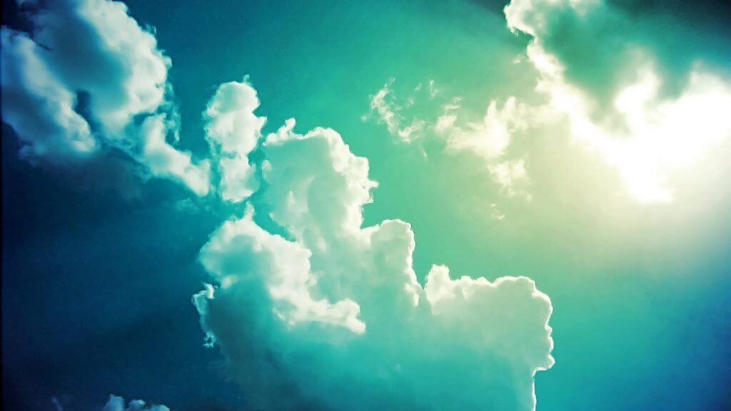 clouds trippy